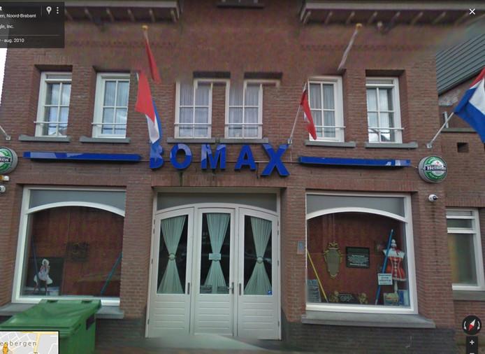 De bomaX in de Kerkstraat in Zevenbergen zou discotheek MAX worden. De gemeente heeft geen vergunning verleend.