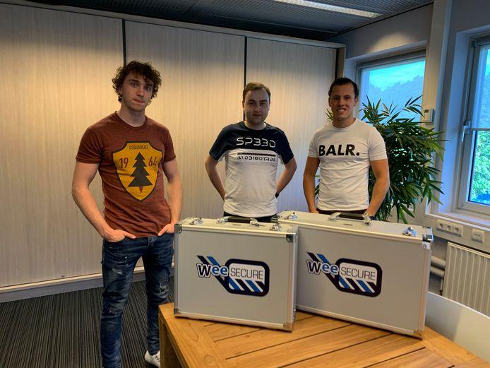 Niels Haans, Jeroen van Geel (WeeFree) en Rens Snoeren (vlnr).