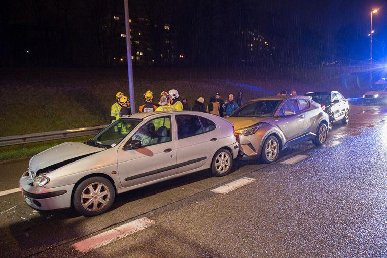 Bij het ongeval op de Ring vielen vier gewonden.