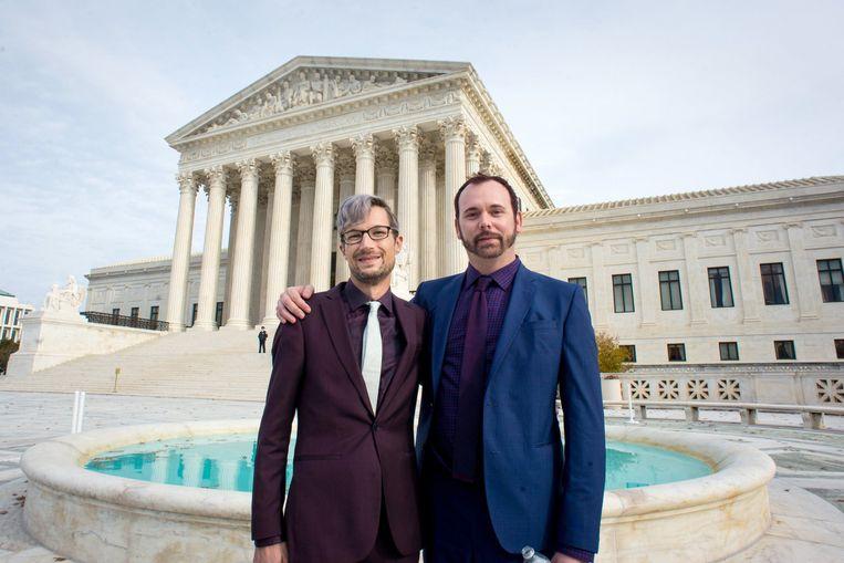David Mullins (links) en Charlie Craig voor het Hooggerechtshof. Beeld Photo News