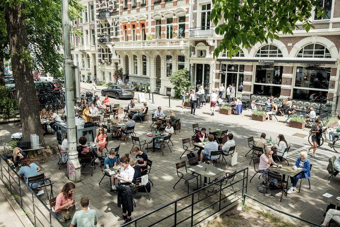 Flexwerkers in de horeca en uitzendbranche zijn zwaar getroffen in de regio Amsterdam.