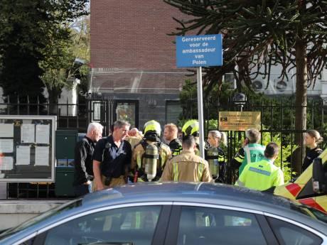 Verwarde man dringt Poolse ambassade Den Haag binnen