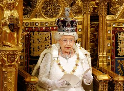 koningin-elizabeth-zag-flink-af-op-de-dag-van-haar-kroning