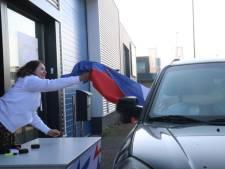 LIVE | Corona in de regio: Virus maakt bijzondere verkoop vlaggen nodig, geen wegafsluitingen in IJsselland met Pasen