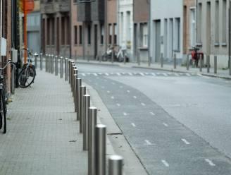 Fietssuggestiestrook maakt te veel lawaai: na vijf jaar moet Grote Nieuwedijkstraat weer opgebroken