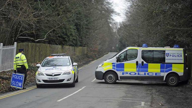 De politie heeft de omgeving van het Britse landgoed van de overleden Russische tycoon Boris Berezovski afgezet. Beeld epa