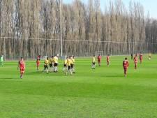 NAC rehabiliteert Grad Damen bij late oefenzege in Antwerpen (0-2)