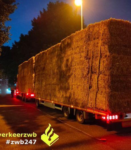 Transport van hooibalen bij Hazeldonk voldoet niet aan de eisen, bestuurder mag niet verder rijden