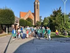 """Groen voert actie tegen bomenkap in Bloemenwijk: """"Er komen slechts half zoveel bomen in de plaats"""""""