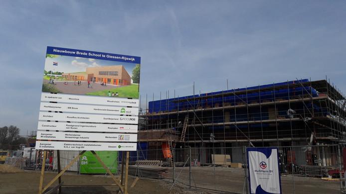 De Brede school in Giessen in aanbouw.