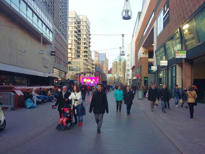 Het Haags winkelpubliek heeft minder keus, zo'n 11 procent van de winkeloppervlakte staat leeg.