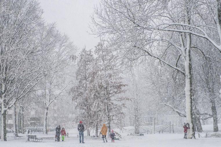 In Osdorp viel gisteren een flinke pak sneeuw Beeld Joris van Gennip