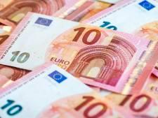 Smoesjesman slaat toe in Arnhem: 'Omdat jij het geld vrijwillig afstaat, is hij niet strafbaar'