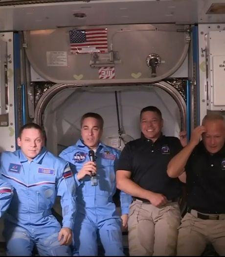 Les deux astronautes de SpaceX ont pénétré dans l'ISS
