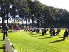 Waardige herdenking op Airbornebegraafplaats in Oosterbeek, veteranen worden gemist