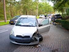 Botsing tussen drie auto's levert verkeersproblemen op rond A28 bij Nunspeet