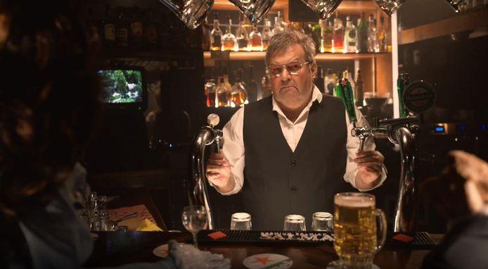 Barman Michiel Romeyn in Huize Vleeshamer