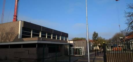 Onderwijs ligt stil, dus breidt Het Erasmus mavo-locatie in Almelo alvast uit
