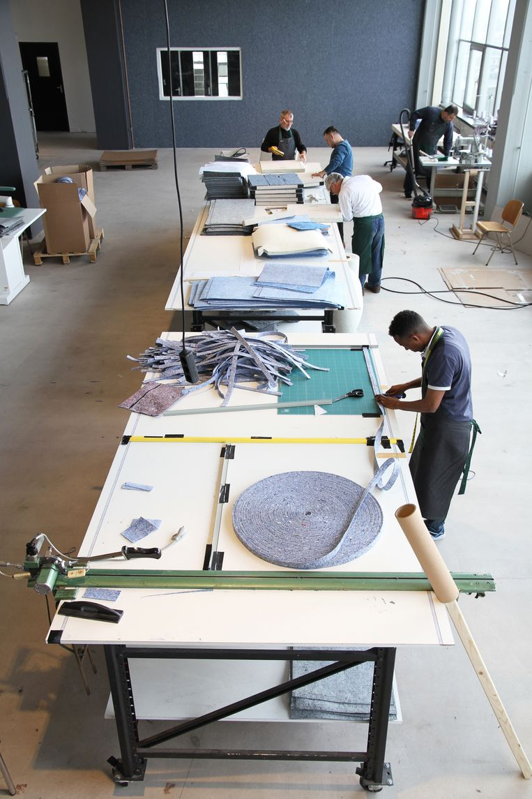 Sociale onderneming en textielverwerker i-Did = Beeld