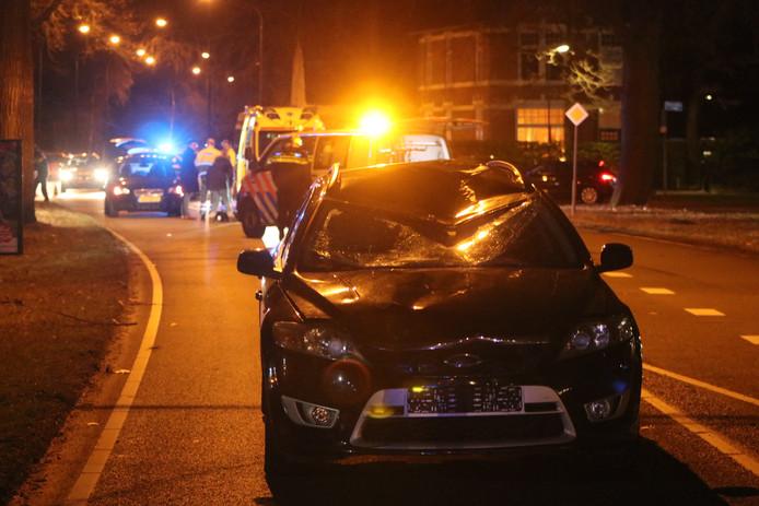 De auto die betrokken was bij de aanrijding.