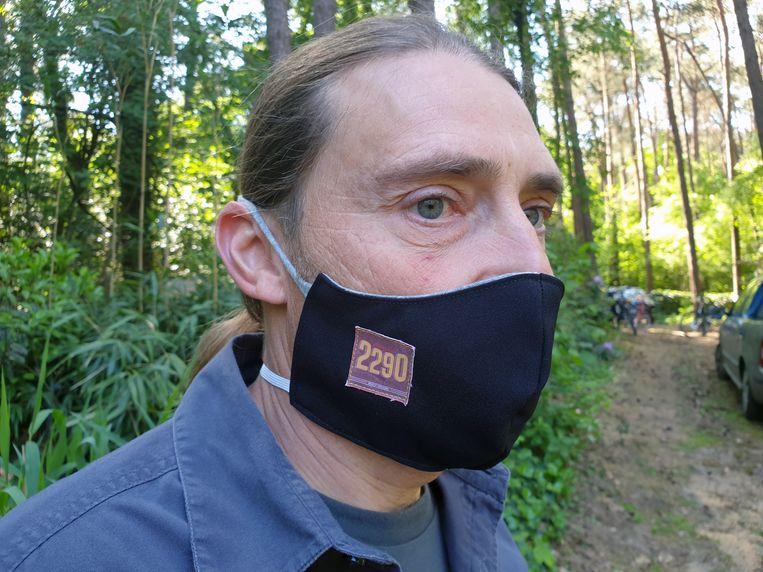 De eerste tien kopers van het 2290-bier krijgen een exclusief mondmasker.