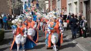 Kwenenbossers vieren 50 jaar in carnavalsstoet