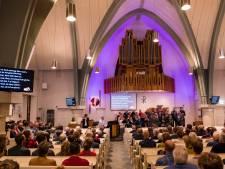 Dienst in Ontmoetingskerk in Rijssen lekker losjes dankzij Twentse taal