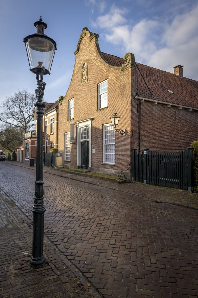 Het Bussemakerhuis is nu een museum over de geschiedenis van textiel in vooral Borne.