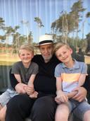 Frans Brouwers met zijn kleinzonen Mees en Sjors. De laatste maanden van zijn leven stonden in het teken van samenzijn met  familie, vrienden en kennissen, én goed afscheid nemen.
