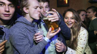 HET DEBAT. Moet de leeftijdsgrens voor alcohol opgetrokken worden tot 18 jaar?