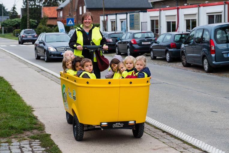 In de Stint kunnen tot tien kleuters tegelijk van en naar de buitenschoolse opvang worden vervoerd.