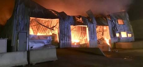 Une usine à gaufres part en fumée