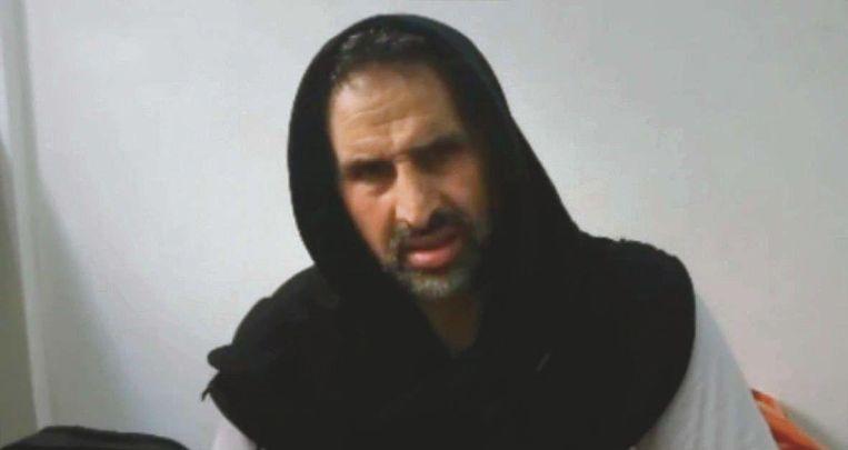 Mohamed Talbi in een still uit het fimpje dat op Facebook verscheen Beeld
