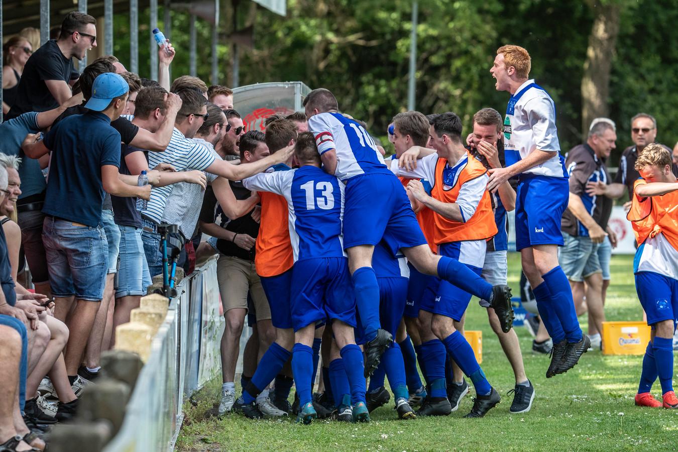 Het gepromoveerde Loo speelt de derby tegen SC Groessen.