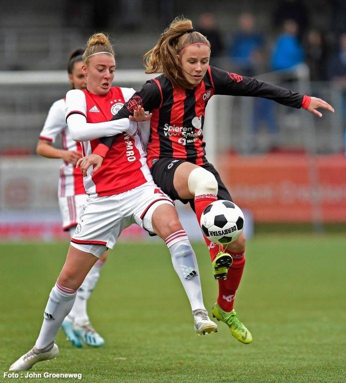 Sophie Cobussen (rechts).