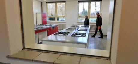 Raad Borne verbijsterd over heropening azc Azelo: 'Oliedom en ongeloofwaardig'