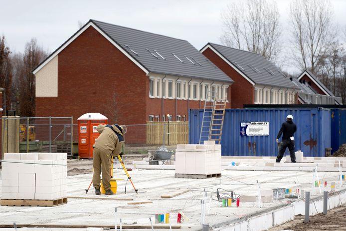Het komende half jaar zijn er veel meer huurwoningen nodig om asielzoekers met een verblijfsvergunning aan woonruimte te helpen.