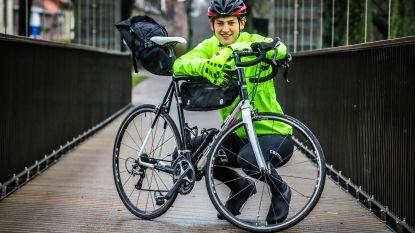 """Hendrik (22) fietste alleen naar Bordeaux en zamelde daarmee 8.500 euro in voor het goede doel: """"Uitgeput en op mijn limieten gebotst"""""""