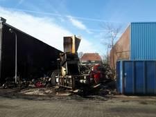 Asbestsanering rond brandhaard Genemuiden begint