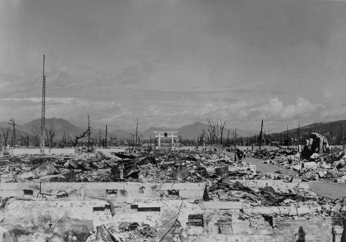 Nagasaki na de val van de atoombom.