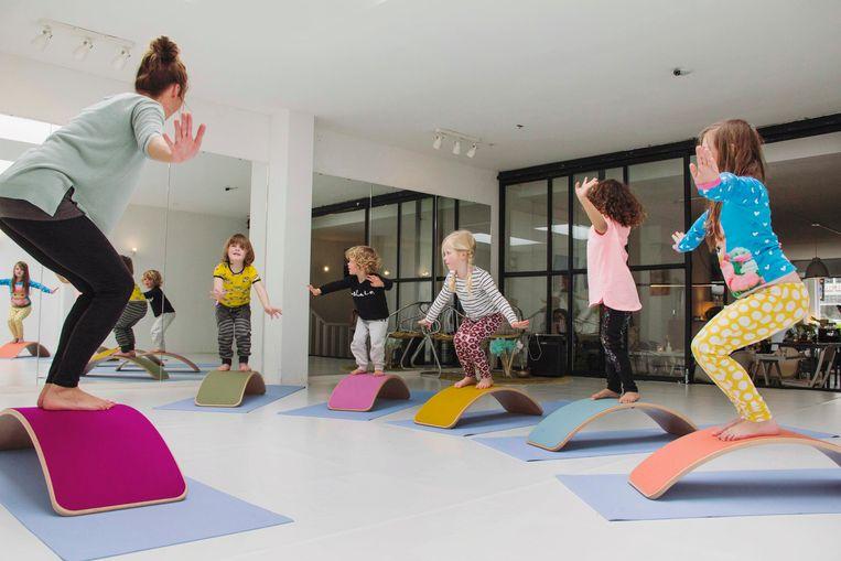 Wobbel-yoga is geschikt voor kinderen van 4 tot 10 jaar.