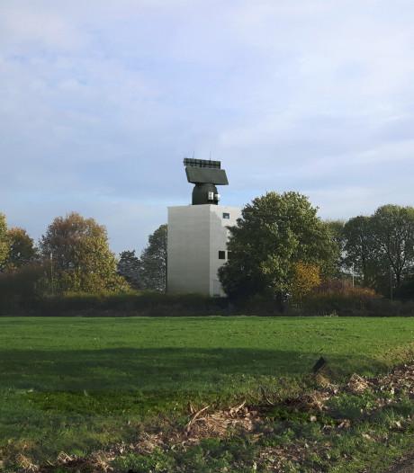 Ondanks pogingen om de komst van militaire radartoren inHerwijnen tegen te houden, komt hij er toch