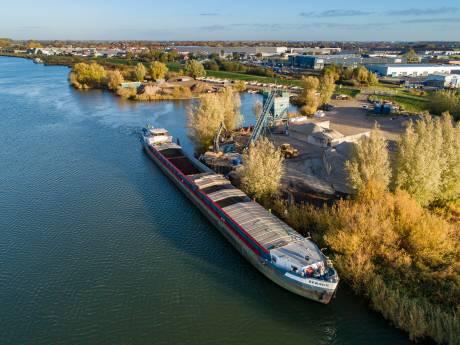 Bestrating stokt: vervoer grondstoffen over water niet meer te betalen