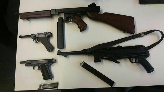 Aangetroffen wapens.