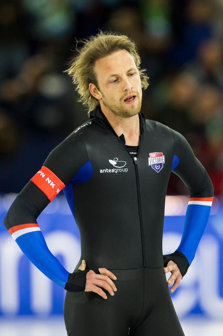 Michel Mulder na de 500 meter tijdens het NK Afstanden. Beeld anp