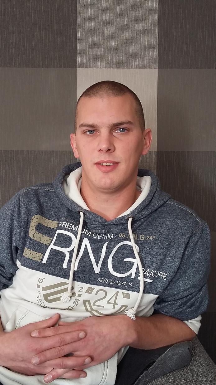 Theun de Boed, slachtoffer van verkeersongeval op de N59 waar hij zijn vader bij verloor.