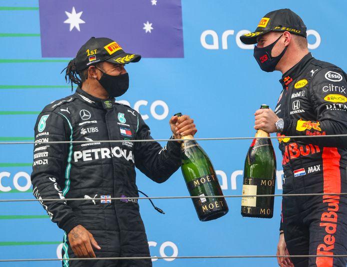 Op de Nürburgring leek Max Verstappen al dichter bij Lewis Hamilton te komen.
