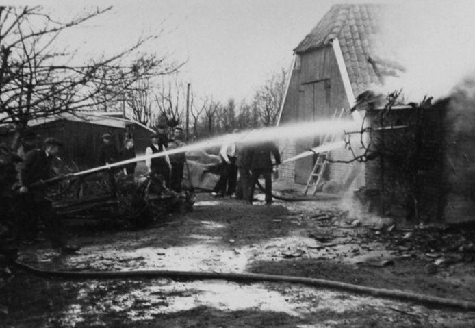 Boerderij De Stökker in Noordijk werd op 6 maart 1945 geraakt door een V2-raket. De aanval gold waarschijnlijk een afluisterinstallatie in de buurt.