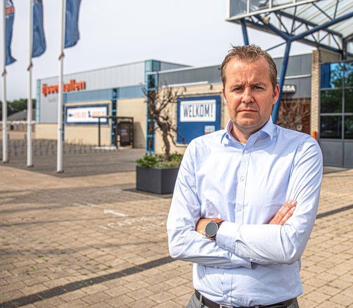 De deur van de IJsselhallen Zwolle gaat dicht. In ieder geval eind 2023, maar mogelijk al eerder. Ook directeur Toni Denneboom verliest zijn baan.