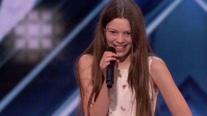 Verlegen klein meisje verandert in Janis Joplin wanneer ze zingt in 'America's Got Talent'